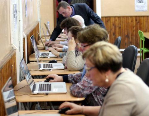 Старичане успешно дебютировали на Чемпионате по компьютерному многоборью