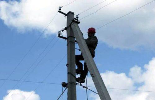 В Тверской области ведутся работы по восстановлению электроснабжения