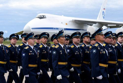 Игорь Руденя принял участие в торжествах по случаю 75-летия 12-й авиационной Минской дивизии