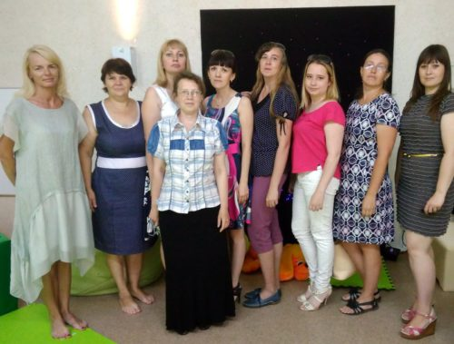 Специалисты Социально-реабилитационного центра поделились опытом с коллегами