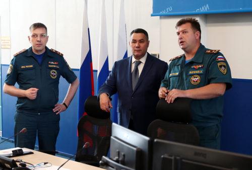 Губернатор Игорь Руденя и глава МЧС России Евгений Зиничев обсудили вопросы сотрудничества в обеспечении безопасности граждан
